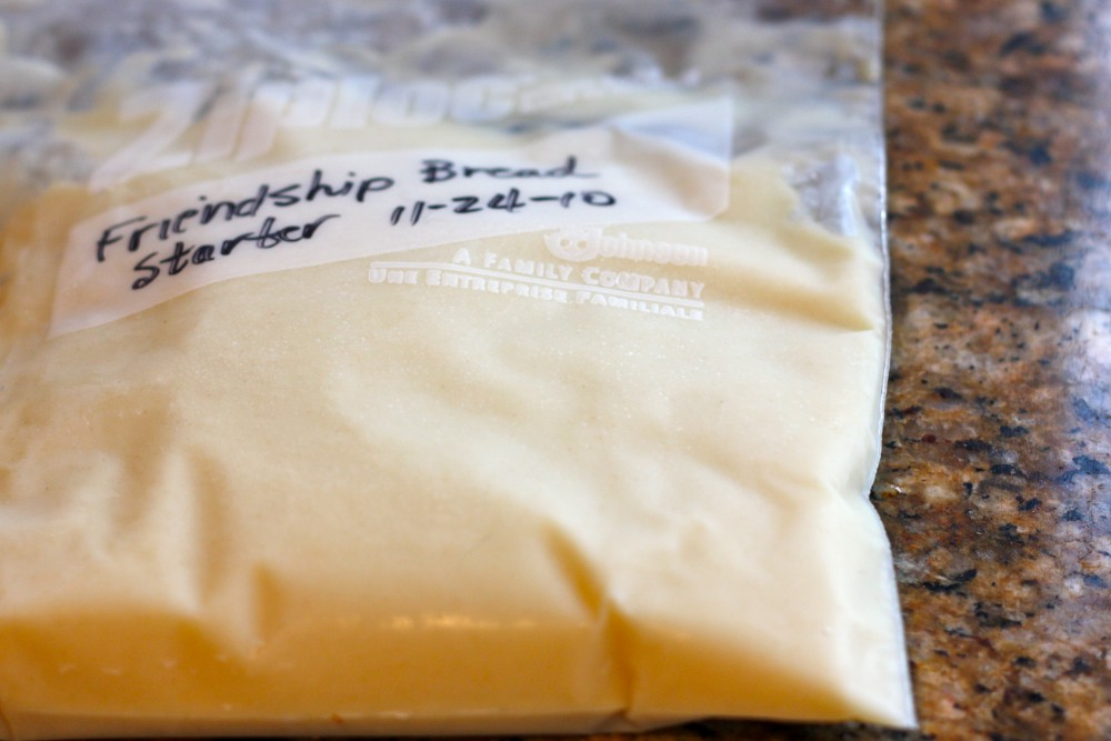 Amish Friendship Bread Starter ♥ friendshipbreadkitchen.com