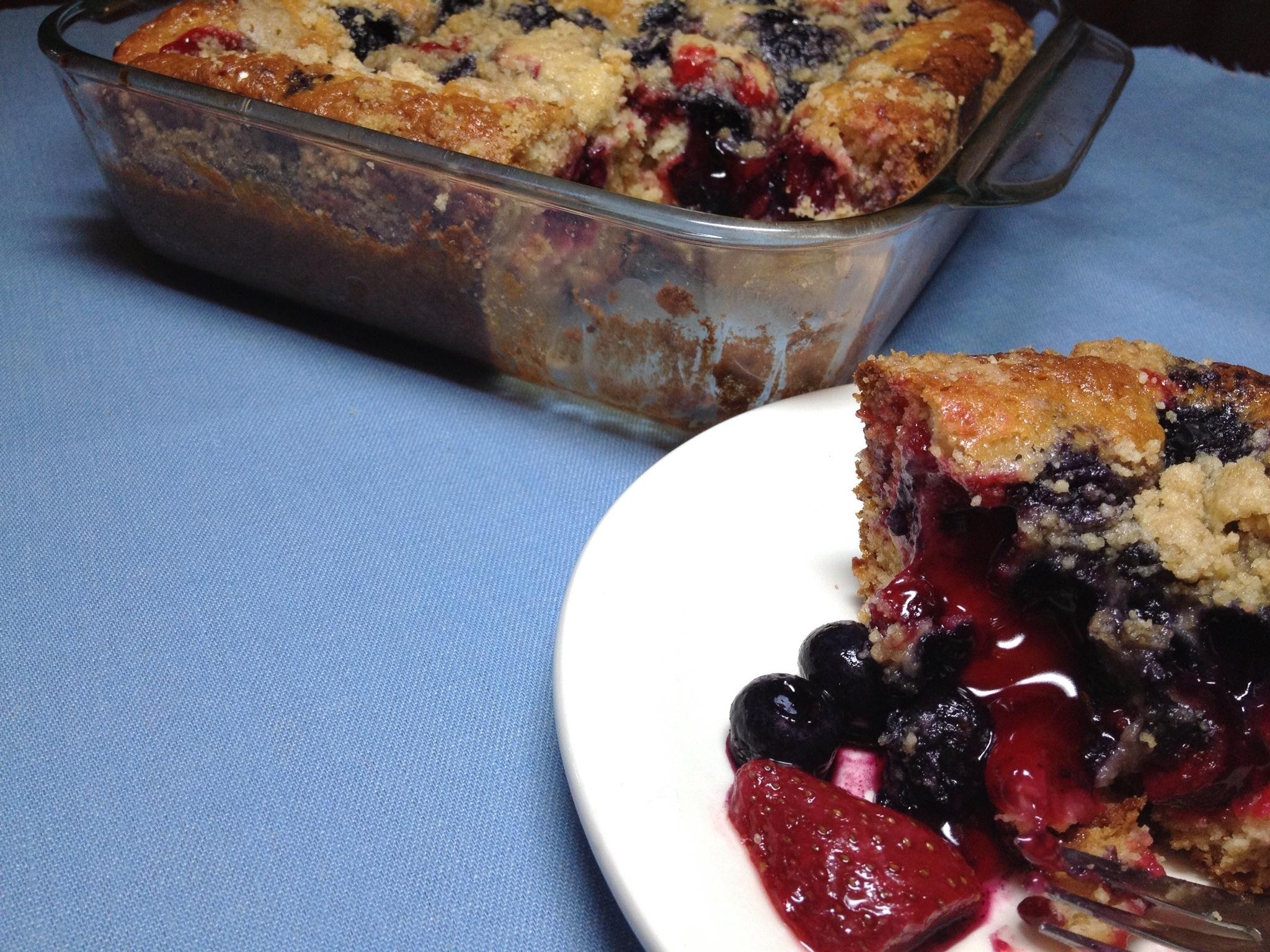 Berry Cheesecake Amish Friendship Bread by Paula Altenbach | friedshipbreadkitchen.com