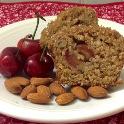Cherry Almond Oat Bran Amish Friendship Bread by Diane Siniscalchi | friendshipbreadkitchen.com