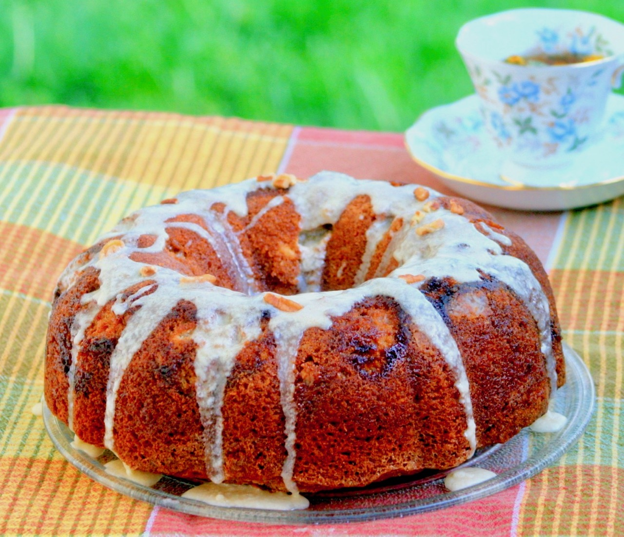 Vanilla Caramel Latte Amish Friendship Bread | friendshipbreadkitchen.com