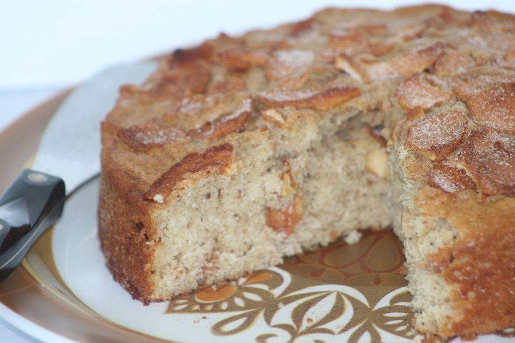 Fall Apple Flax Amish Friendship Bread | friendshipbreadktichen.com