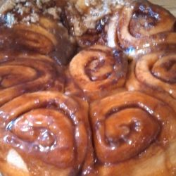 Amish Friendship Bread Sticky Buns by Mariann Crowell ♥ https://www.friendshipbreadkitchen.com