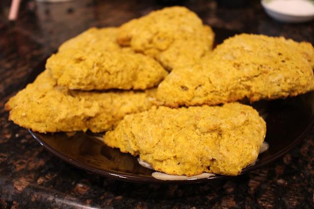 Pumpkin Amish Friendship Bread Scone by Jennifer Prior | friendshipbreadkitchen.com