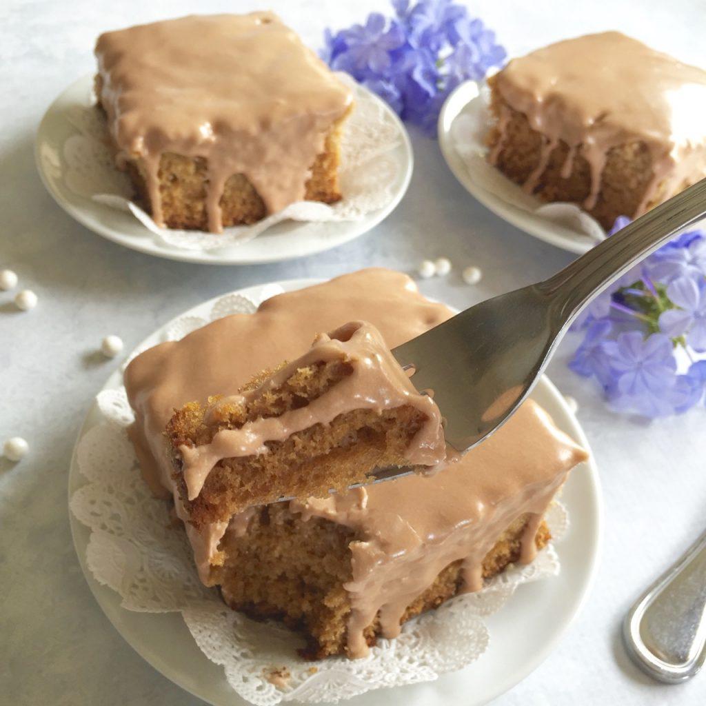 Earl Grey Amish Friendship Bread Tea Cake   friendshipbreadkitchen.com
